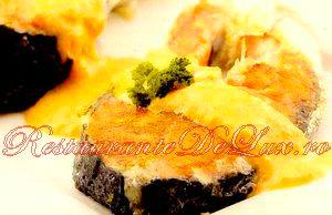 Reteta zilei: Somon cu sos de dovleac şi ghimbir