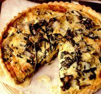 Tartă cu sfeclă, ceapă şi brânză Gruyere
