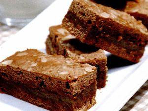 Prajitura cu cacao si crema de nuci