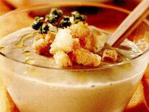 Supă-cremă de hribi si cartofi
