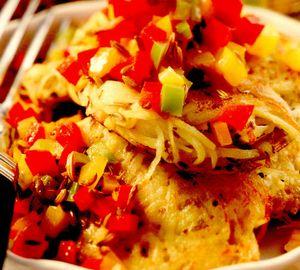 Chiftele de cartofi cu sos de ardei
