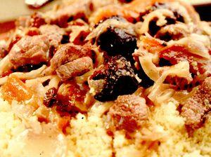 Cuşcuş dulce-acrişor cu carne de oaie