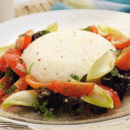Salată mediteraneeană cu orez