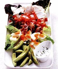 Salata verde cu dressing de lapte batut