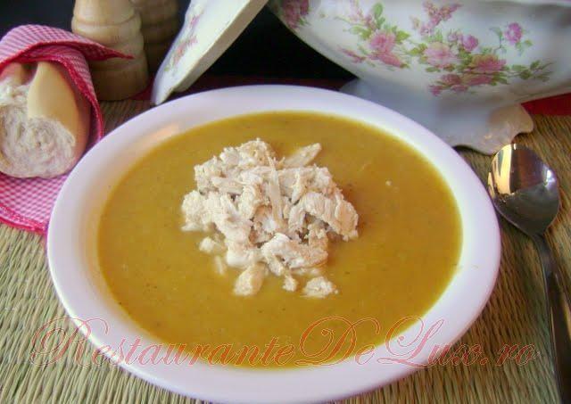 Reteta zilei: Supa crema de pui cu legume