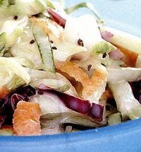 Retete de post: Salata cu varza alba, adinva si sos alb