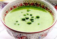 Supa crema de mazare cu crutoane de parmezan