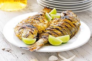 Peşte la grătar în stil indian