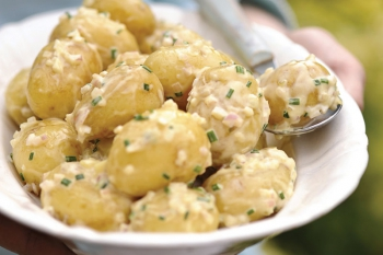 Salată de cartofi cu muştar