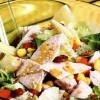 Salata_cu_piept_de_curcan_si_sos_de_mustar