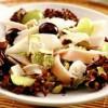 Salata_de_pui_cu_brânza_de_capra_si_fructe