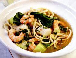 Supă thailandeză de peşte şi verdeţuri