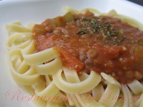 Reteta zilei: Fettuccini cu sos de linte
