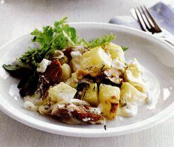 Gratin de macrou afumat şi cartofi