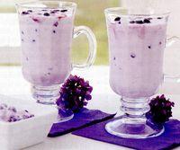 Milkshake de fructe de padure si germeni de grau