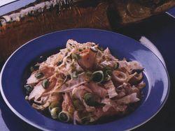 Salată din macrou cu varză creaţă