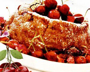 Prăjitură cu cireşe si esenta de vanilie