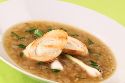 Supă de ceapă verde