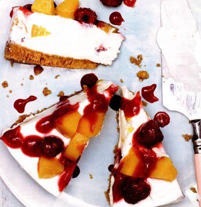 Cheesecake cu piersici