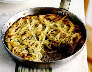 Omletă cu spaghete