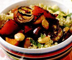 Salată de legume coapte cu cuşcuş