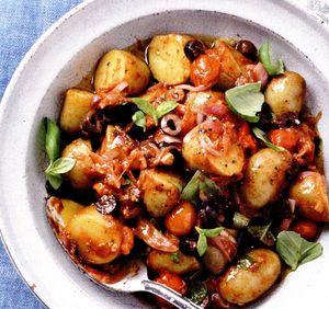 Salată mediteraneeană de cartofi