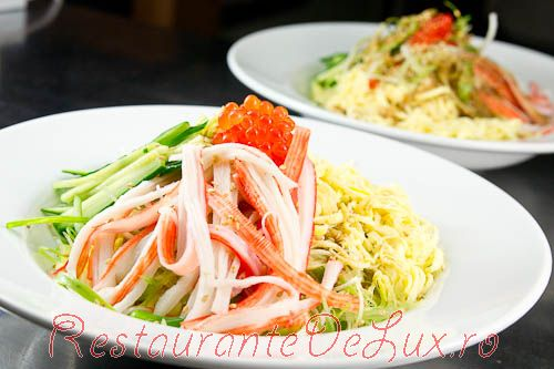 Reteta zilei: Salata rece cu noodles