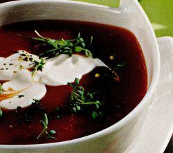 Supă de ardei roşu cu smântână