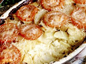 Gratin de cartofi cu usturoi