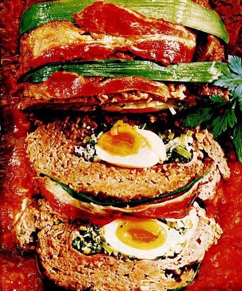 Ruladă cu ou şi verdeaţă