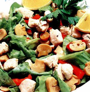 Salată de ciuperci cu pui