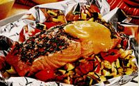 Retete culinare: Somon cu legume