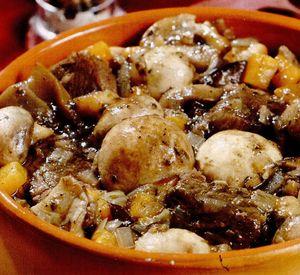 Berbecuţ cu ciuperci