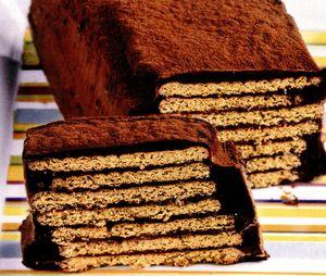 Tort cu biscuiti si mere