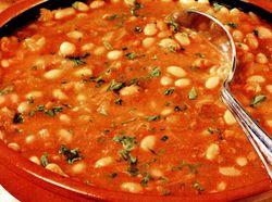 Iahnie de fasole cu sos