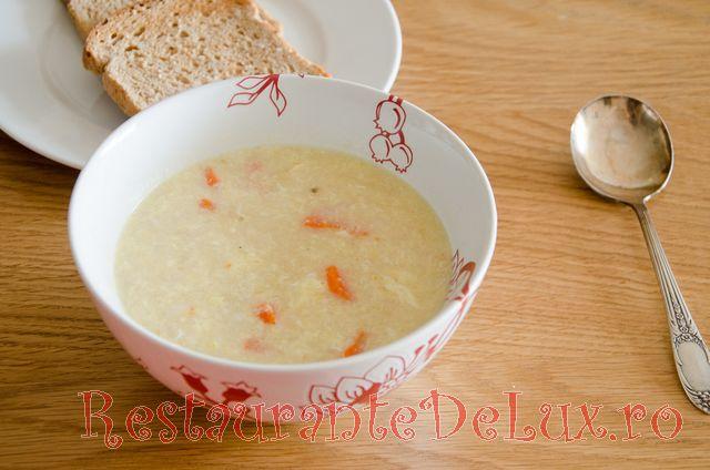 Supa de pui cu orez si curry