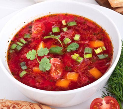 Supa de sfecla rosie cu hrean si chimen