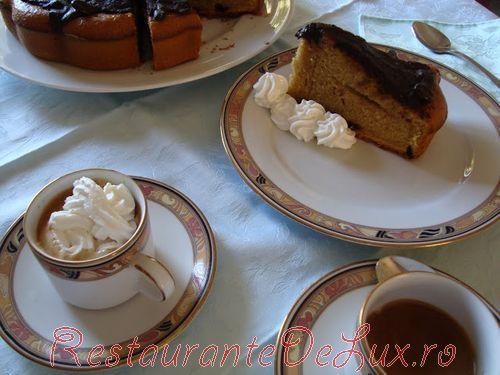 Tort_de_cafea_cu_crema_ganache_18