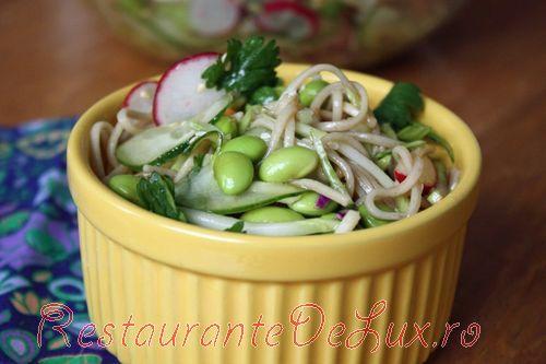 Salata_rece_cu_noodles_si_legume_2