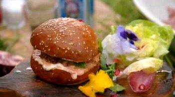 Cum_se_prepara_burgeri_de_miel cu_harissa