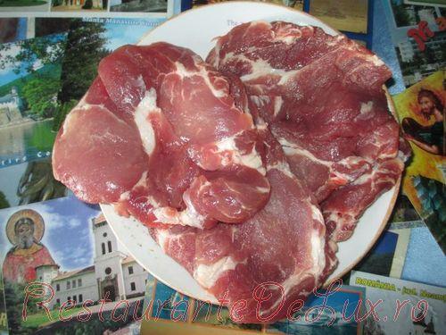 Cum pregatim ceafa de porc