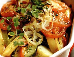 Reteta legume la cuptor cu verdeata