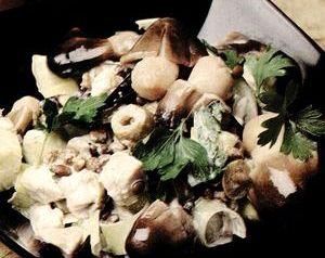 Retete_usoare_Salata_cu_pui_si_legume