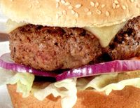 Cheeseburger_cu_mozzarella_si_castravete_murat