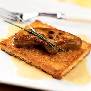 Foie_gras_cu_sos_de_smochine_si_ceapa