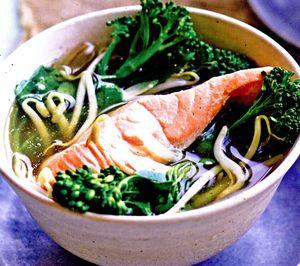 Supa_de_somon_cu_broccoli