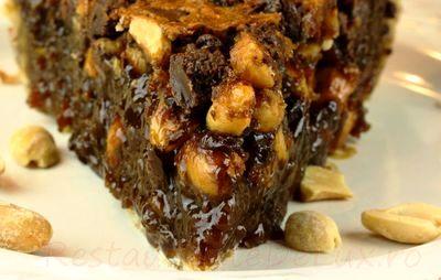 Placinta de ciocolata cu unt de arahide