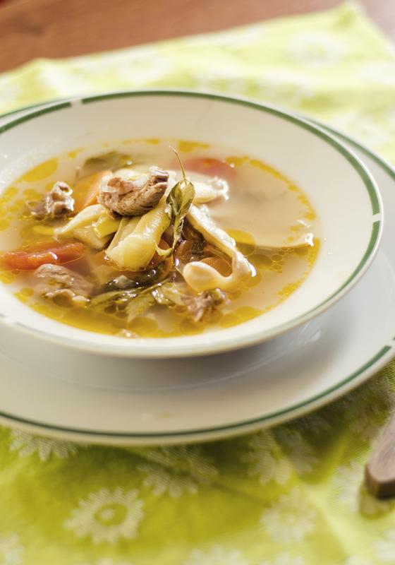 Supa de pasare cu ciuperci si mazare.ro_27