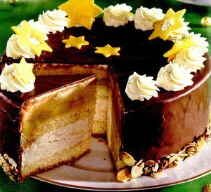 Tort_de_mere_cu_crema_de_cappuccino_si_ciocolata