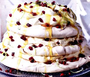 Tort_de_bezea_cu_fructul_pasiunii
